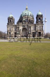 Berliner Dom und der Fernsehturm, Berlin