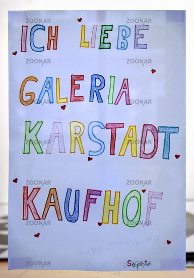 I love Galeria Karstadt Kaufhof, self-painted note from a child in the shop window of the branch