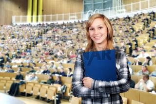 Studentin im Hörsaal