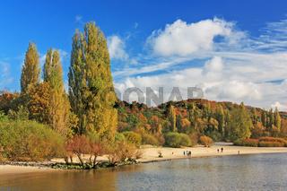 Herbst an der Elbe bei Hamburg, Elbstrand Wittenbergen