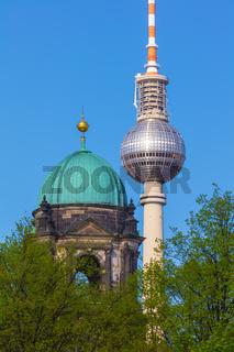 Berlin, Fernsehturm und Berliner Dom