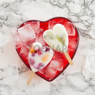 Hausgemachtes Fruechte Eis