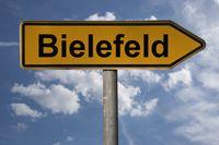 Wegweiser Bielefeld | signpost Bielefeld