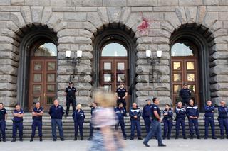 Police guard in line