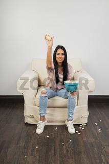 Throwing popcorn