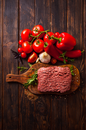 Traditional Italian dish of minced meat and fresh vegetables