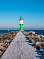 Die Mole in Warnemünde im Winter