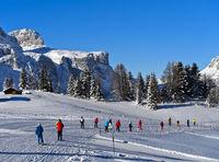 Skifahrenauf der Sellaronda am Sellastock