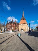 Blick auf Steintor und Ständehaus in der Hansestadt Rostock