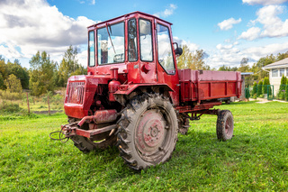 Wheeled agricultural tractor XTZ T-16M manufactured by Kharkov factory
