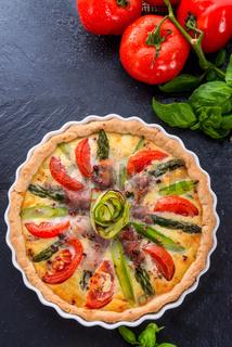 green asparagi Tart with eggs and tomato