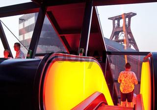 E_Zollverein_Gangway_73.tif