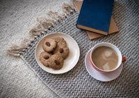 Coffee, cookies and books