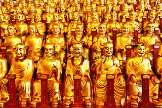 Gold statues of the Lohans