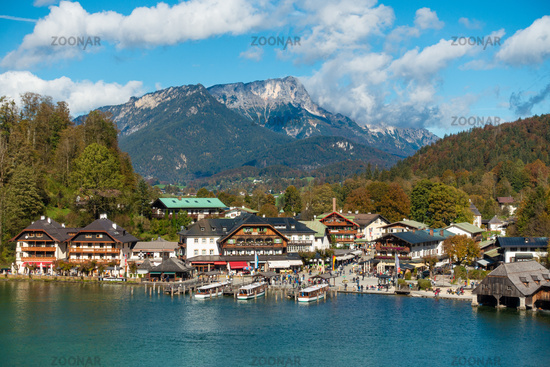 Remaining excursion destination: The harbour of Schönau am Königssee with excursion boats and gastronomy