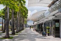 Singapur, Republik Singapur, Leere Bars und Restaurants entlang Uferpromenade in Marina Bay