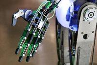 KI_Roboterhand_06.tif