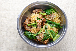 Roast duck with egg noodle