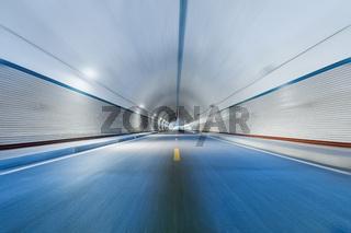 motion blur in tunnel