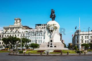 Reiterstatue von José San Martin auf der Plaza San Martin in Lima, Peru