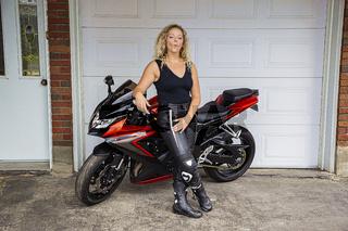 Duck face motocyclist