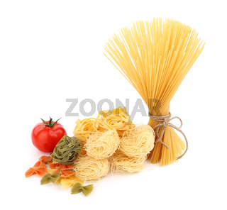 different pasta and tomato