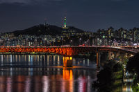 seongsu bridge and namsan tower