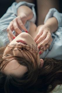 girl have orgasm