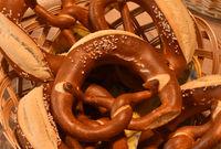 Brezel, Schwaebische Laugenbrezel, pretzel