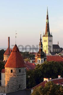 Abendliches Panorama von Tallinn, der Haupstadt Estlands