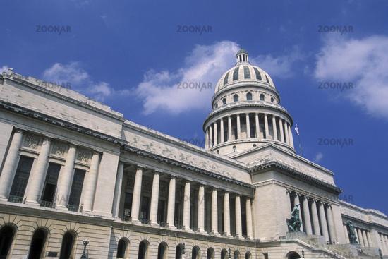 CUBA HAVANA CAPITOLIO