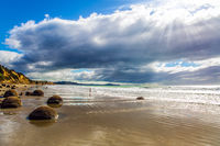 Moeraki Boulders is the spherical boulders