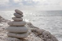 Steinmännchen an der Küste