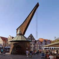 Wooden treading crane at Hansehafen, old town, Stade, Lower Saxony, Germany, Europe