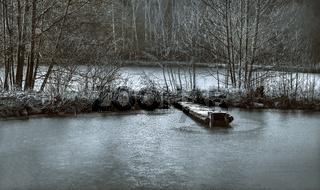 Der gefrorene Weiher