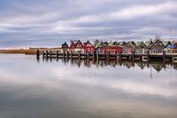 Bootshäuser im Hafen von Althagen auf dem Fischland-Darß