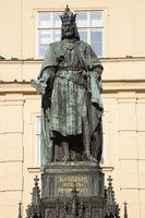 Denkmal Kaiser Karl IV. am Kreuzherrenplaz, Prag