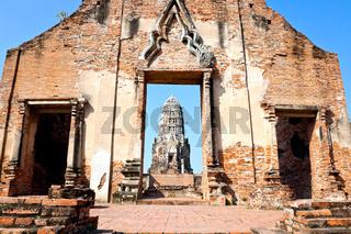 Wat ratburana, ayutthaya, thailand