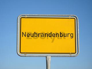 Ortsschild Neubrandenburg