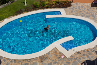 Garden with private pool,