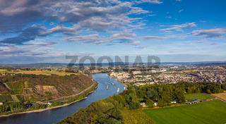 A hike along the Rhine with a view in late summer
