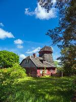 Alte Windmühle auf dem Fischland-Darß in Wieck