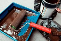 Paint can, roller and paint tray