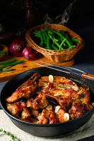 Spicy pork ribs with garlic and barbecue sauce
