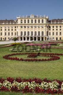Park und Schloss Schoenbrunn, Wien, Oesterreich, Europa