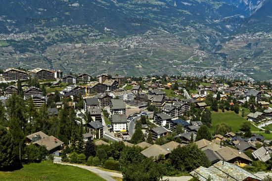 Ferienort Nendaz über dem Rhone-Tal