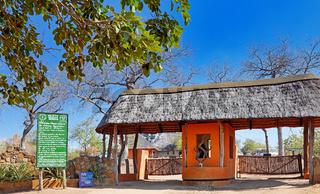 Tor zum Majete Wildlife Reserve, Malawi | Gate of Majete Wildlife Reserve, Malawi