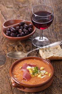 Salmorejo eine spanische Tomatensuppe