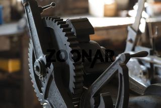 Maschine in einer Schmiede
