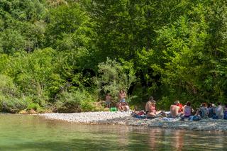 Picknick am Fluss Siagne bei Saint-Cezaire-sur-Siagne